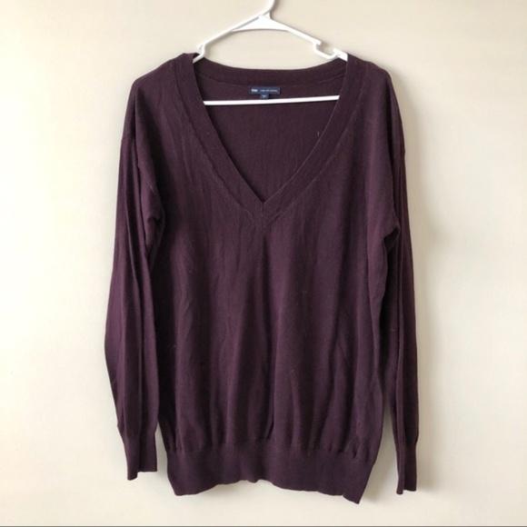 GAP Sweaters - GAP V-neck Cashmere Sweater